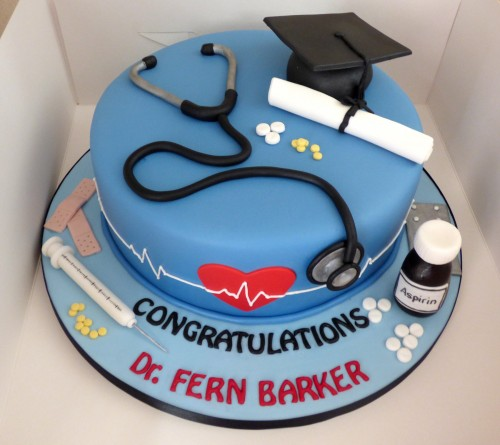 doctors-graduation-cake