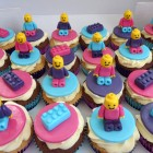 girlie-lego-themed-cupcakes