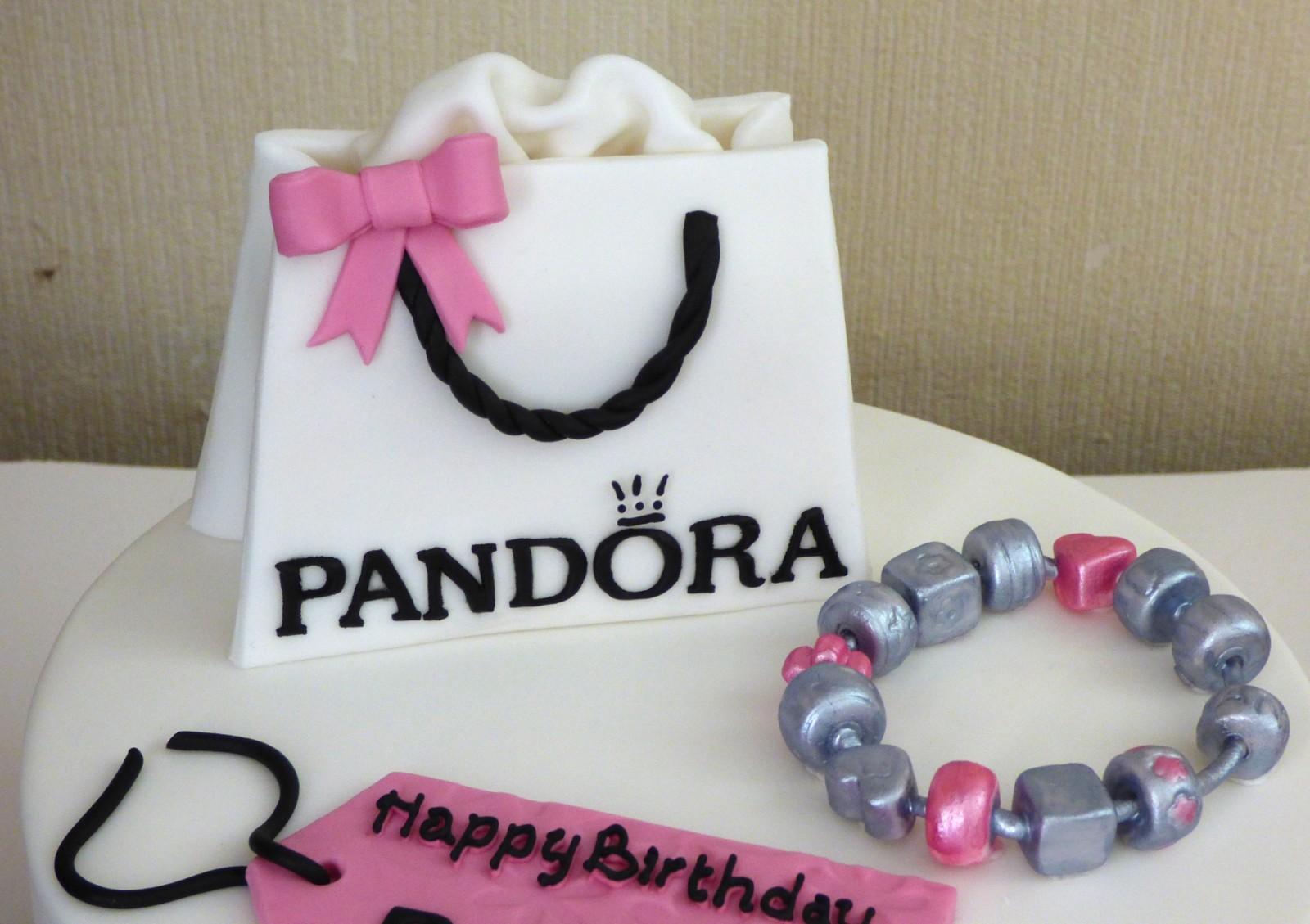 Pandora Bag And Charm Bracelet 18th Birthday Cake Susies Cakes
