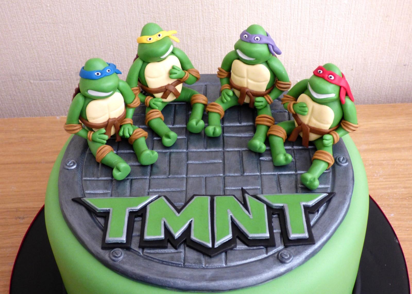 Brilliant Teenage Mutant Ninja Turtles Birthday Cake Susies Cakes Personalised Birthday Cards Petedlily Jamesorg