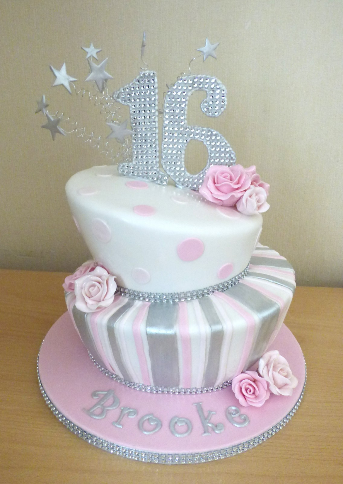 2 Tier Bling Sweet Sixteen Birthday Cake Susie s Cakes