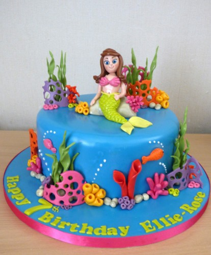 mermaid-underwater-themed-birthday-cake