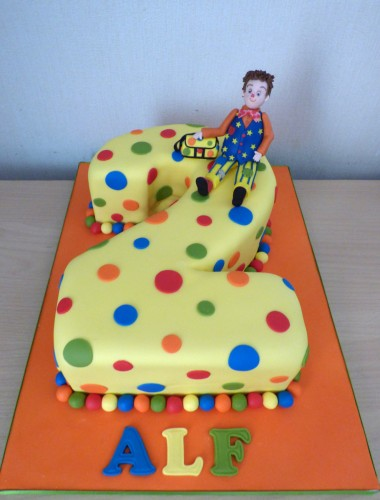 mr-tumble-number-2-birthday-cake