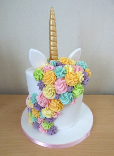 my little pony unicorn cake