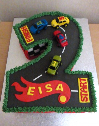 number-2-racing-cars-birthday-cake