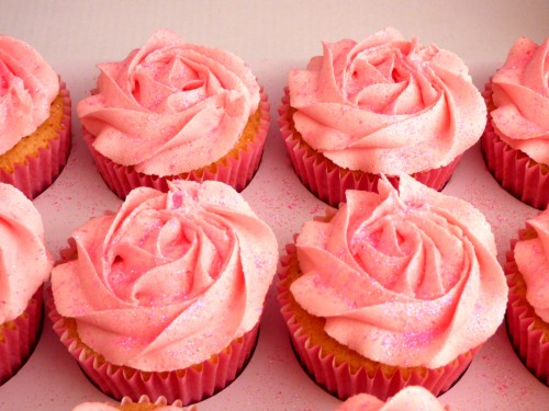 pink-and-glittery-rose-swirl-cupcakes