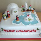 polar-bears-and-penguins-christmas-cake-