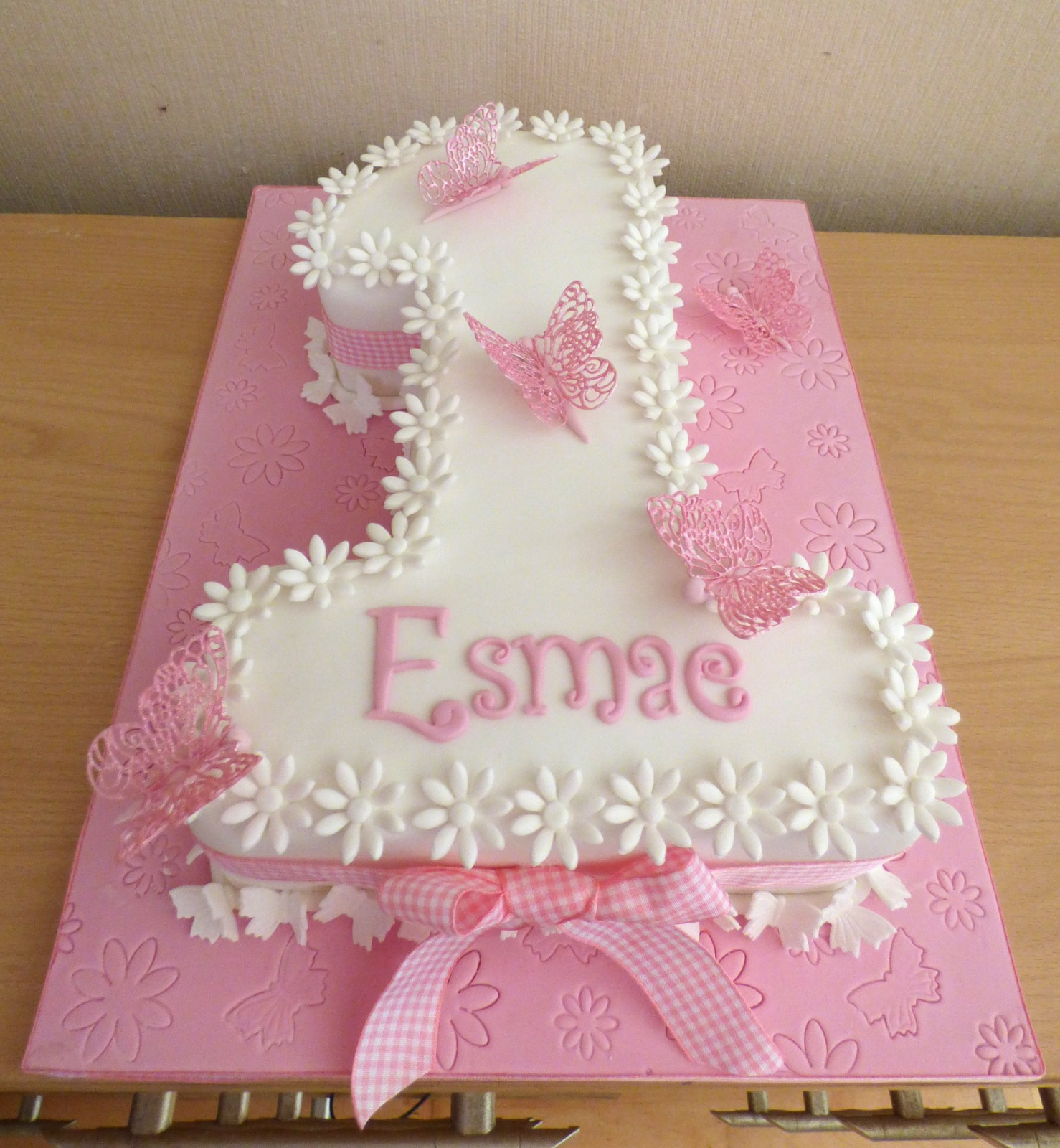 Fine Pretty Number 1 Birthday Cake With Daisies And Butterflies Personalised Birthday Cards Petedlily Jamesorg