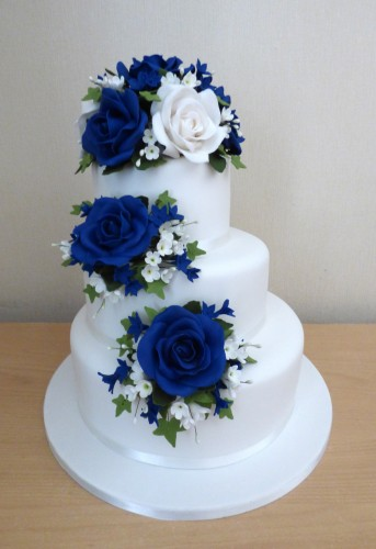 3-tier-blue-rose-and-white-wedding-cake