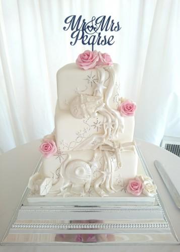 3-tier-starwars-themed-wedding-cake