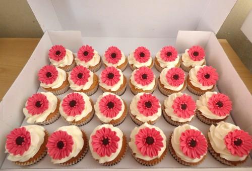 gerbera-cupcakes