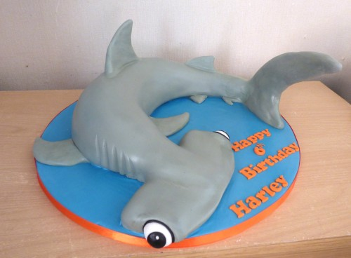 hammerhead-shark-birthday-cake