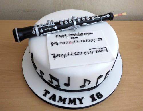 oboe-birthday-cake