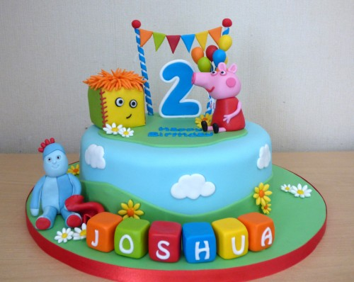 peppa-pig-in-the-night-garden-chracter-birthday-cake