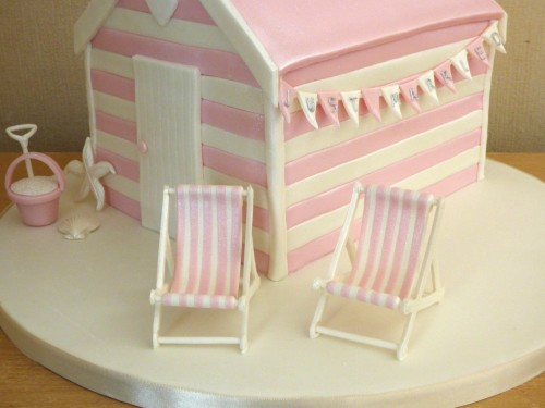 pretty-pink-beach-hut-wedding-cake
