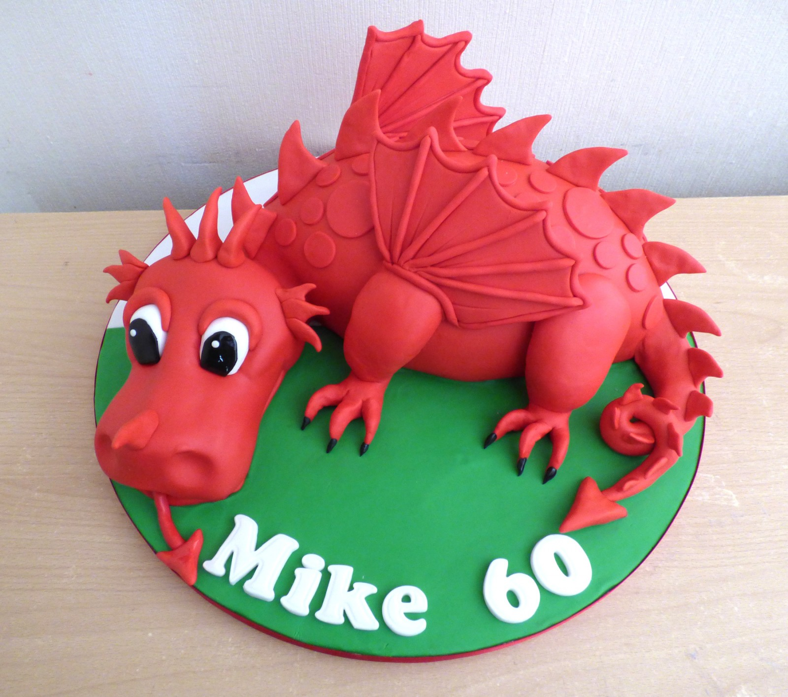Pleasant Welsh Dragon Birthday Cake Susies Cakes Personalised Birthday Cards Veneteletsinfo