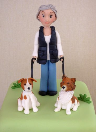 2-tier-dog-walkers-birthday-cake-dorset-detail