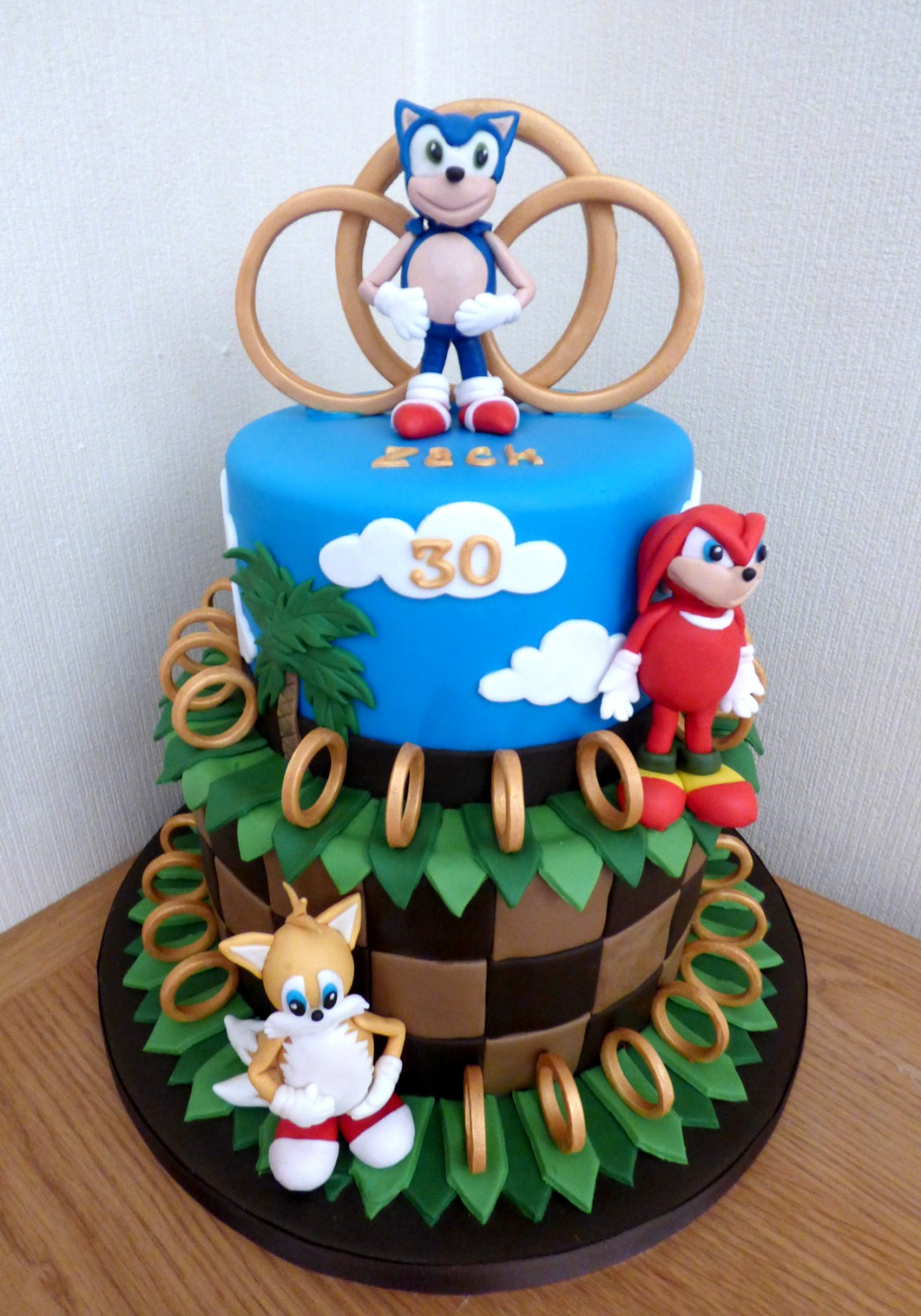 Superb 2 Tier Sonic The Hedgehog Birthday Cake Susies Cakes Funny Birthday Cards Online Elaedamsfinfo