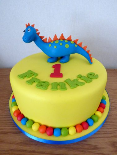 colourful-dinosaur-1st-birthday-cake