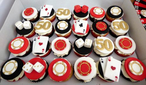 las-vegas-themed-cupcakes