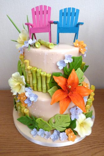 2-tier-tropical-themed-wedding-cake