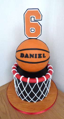 basket-ball-themed-birthday-cake