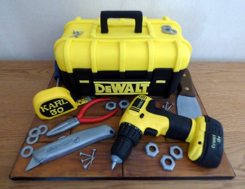 dewalt-tool-box-and-tools-birthday-cake