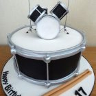 drummers-drum-kit-birthday-cake
