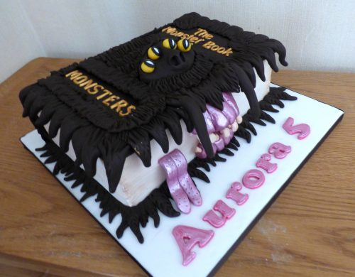 harry-potter-monster-book-of-monsters-birthday-cake
