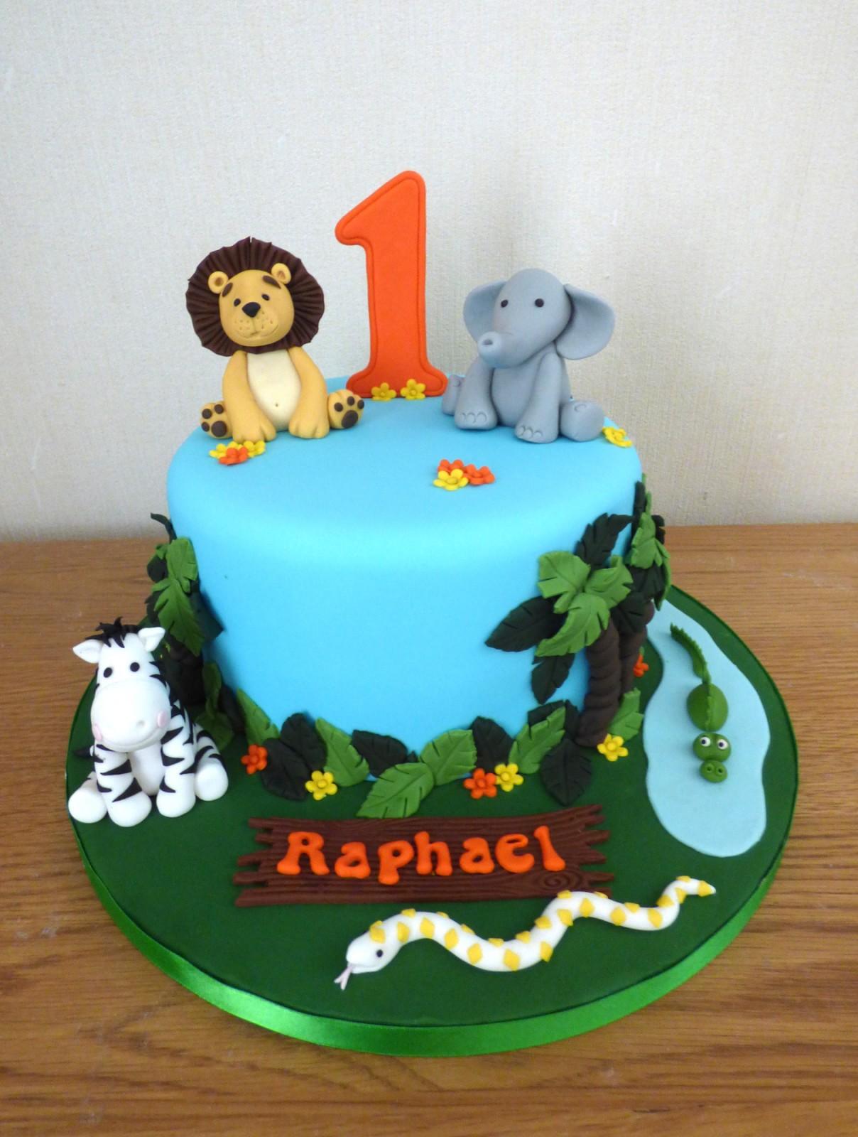 Sensational Jungle Animal Themed 1St Birthday Cake Susies Cakes Personalised Birthday Cards Bromeletsinfo