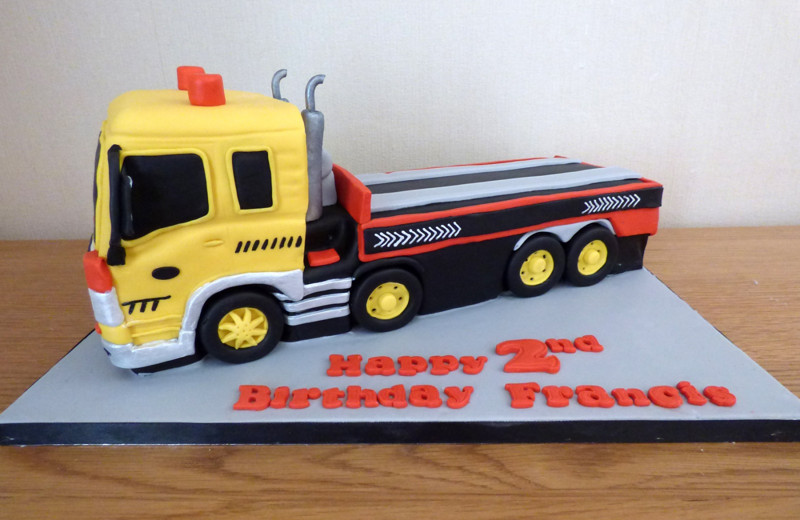 Enjoyable Recovery Truck Birthday Cake Susies Cakes Funny Birthday Cards Online Fluifree Goldxyz