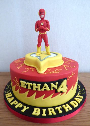 the-flash-birthday-cake