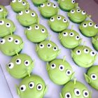 toy-story-alien-cupcakes-