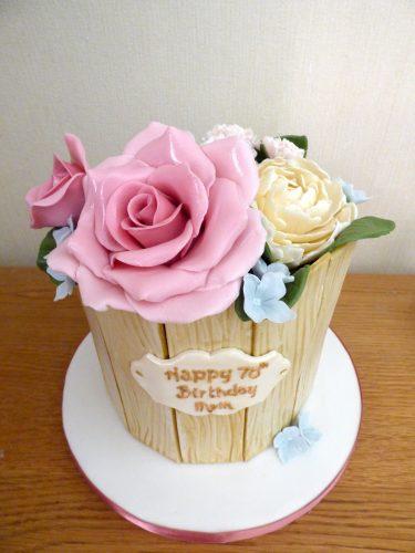 tub-of-sugar-flowers-birthday-cake
