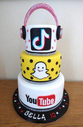 3-tier-social-media-themed-birthday-cake-youtube-snapchat