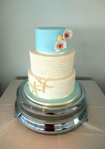 3-tier-by-the-sea-wedding-cake