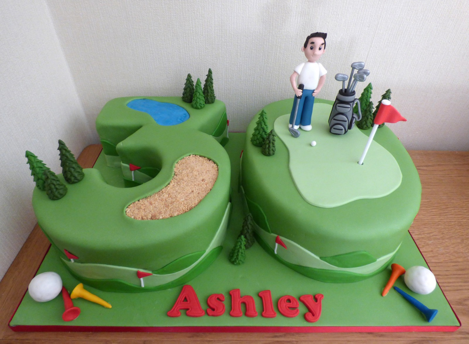 Magnificent 30Th Birthday Golf Themed Cake Susies Cakes Funny Birthday Cards Online Elaedamsfinfo