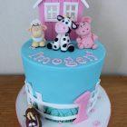 cute-farm-yard-birthday-cake