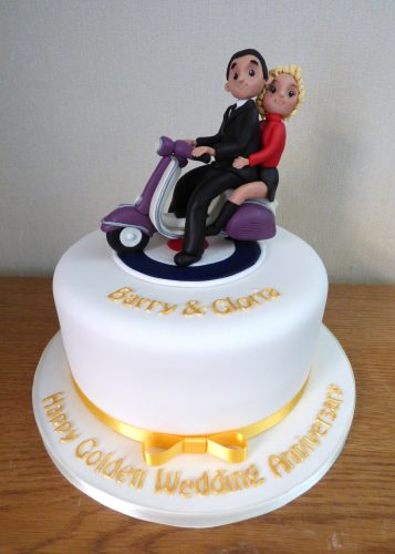 fondant-vespa-2-up-60's-theme-50th-anniversary-cake
