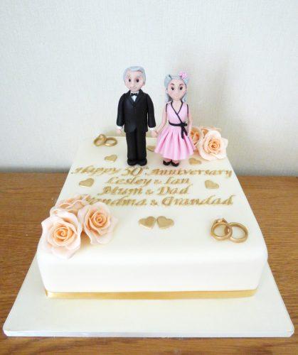 golden-50th-wedding-anniversary-cake-50's-themed